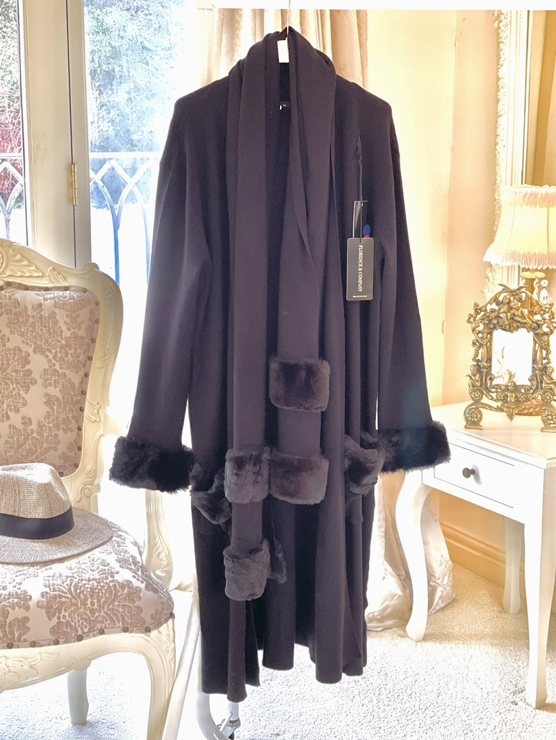 Beautiful Divine Faux Fur Long Cardi With Matching Scarf Black