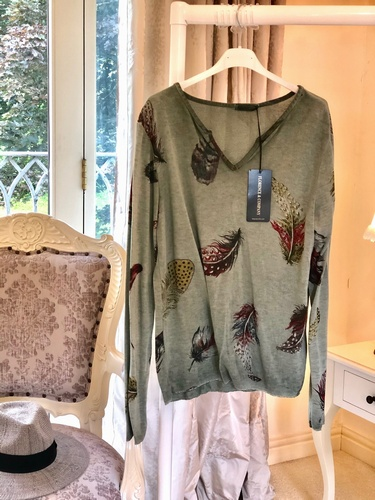 Feathers Top Faded Vintage Wash Military Green