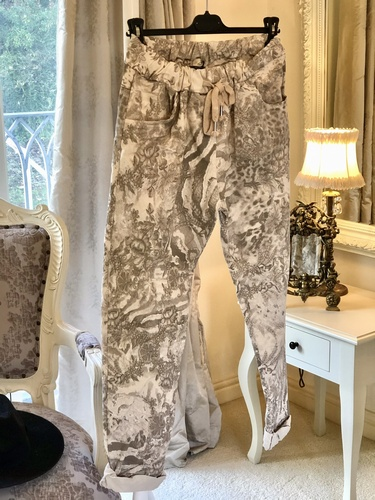 Beautiful Design Magic 4 Way Stretch Trouser Marble