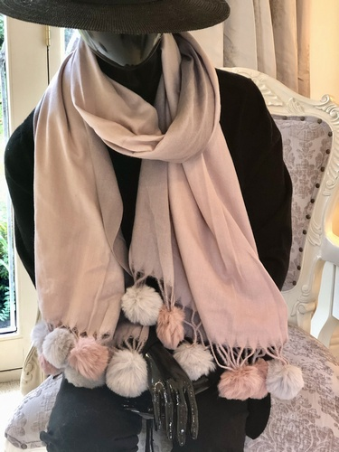 Super Soft Pom Pom Scarf Pinks